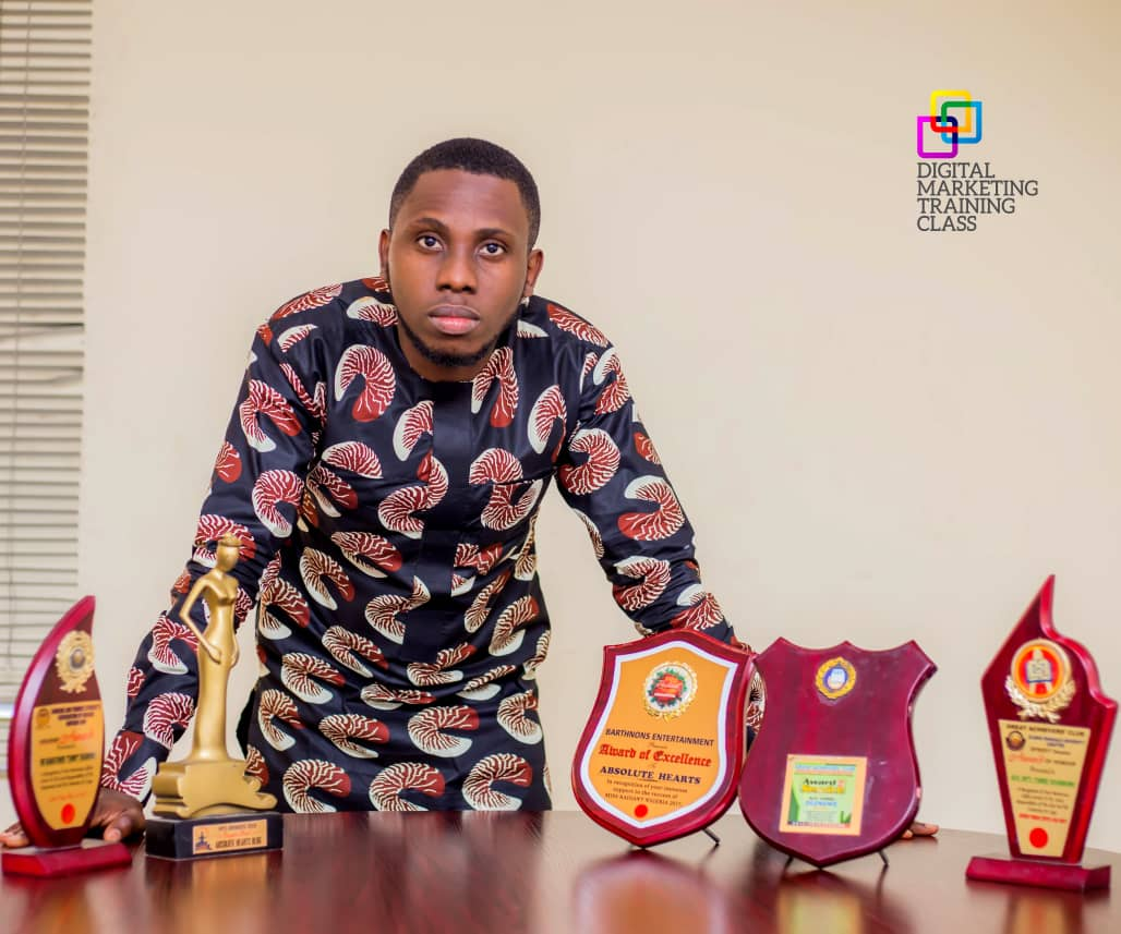 Tunny Ogunnowo - Awards